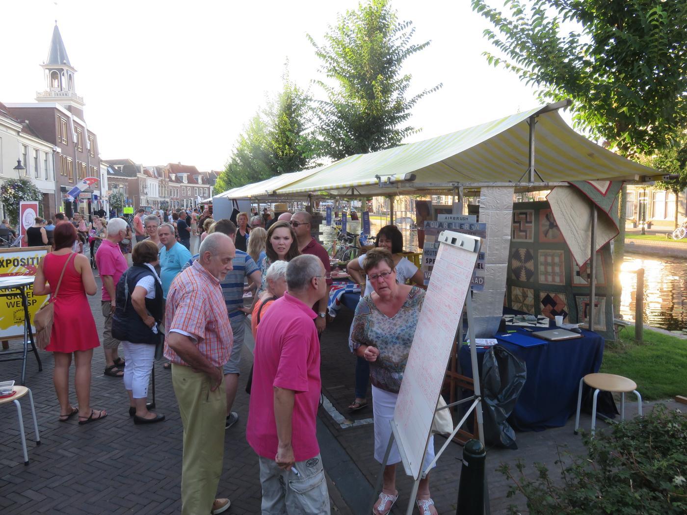 Verenigingenmarkt bij Sluis- en Bruggenfeest