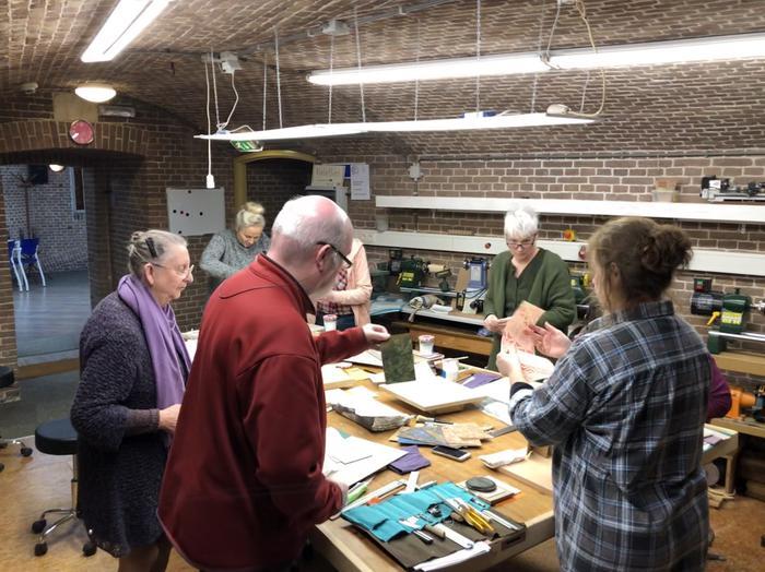 workshop boekbinden2019-1.JPG